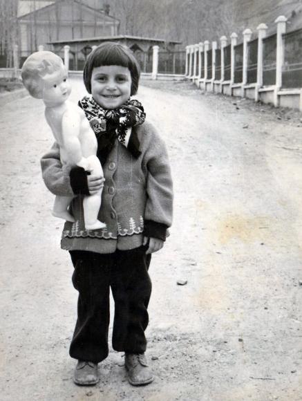 Ирина Паули (урожденная Гросс). Янгиабад 1961 год
