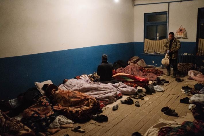 Место ночлега для сборщиков хлопка. Ташкентская область, 18 октября 2018 г. Фото Тимура Карпова