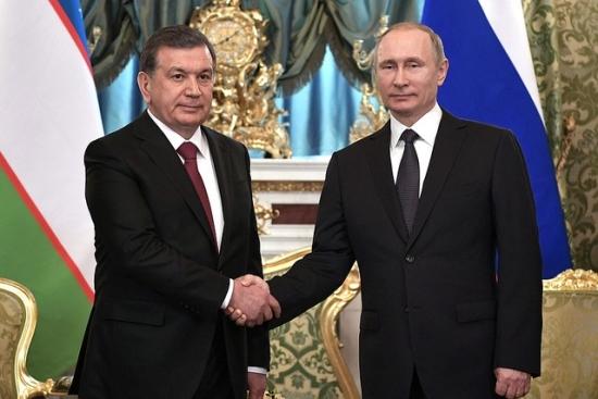Знает ли Путин, что Мирзиёев собрался штрафовать за ведение делопроизводства на русском языке