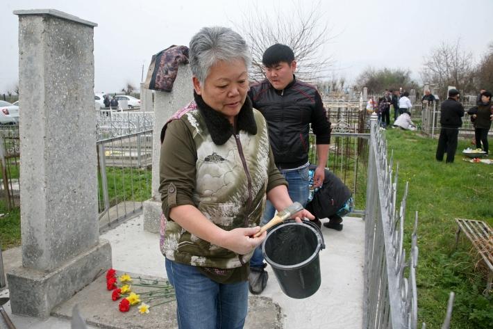 На клабище в бывшем колхозе Ким Пен Хва
